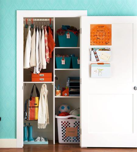 Vertical Closet Storage saves space