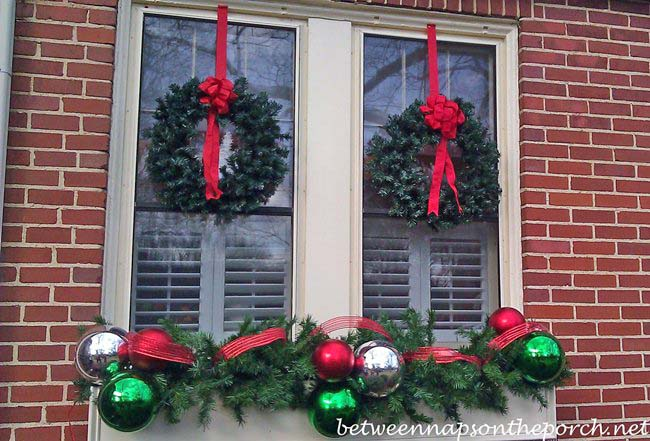 christmas window decorations 12 gorgeous winter front porches that will inspire 30179