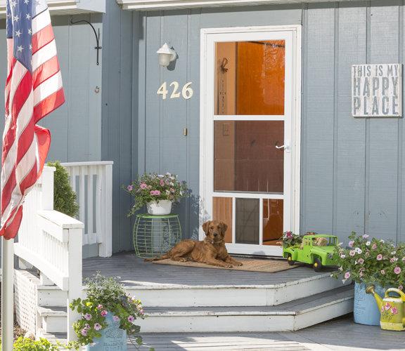 LARSON Storm Doors | Pet Friendly with Built-in Dog Door